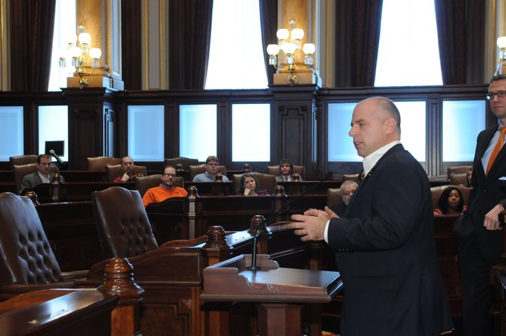 State Senator Sam McCann speaking in the Senate chamber to a group of local business representatives about the meaning of leadership this January.