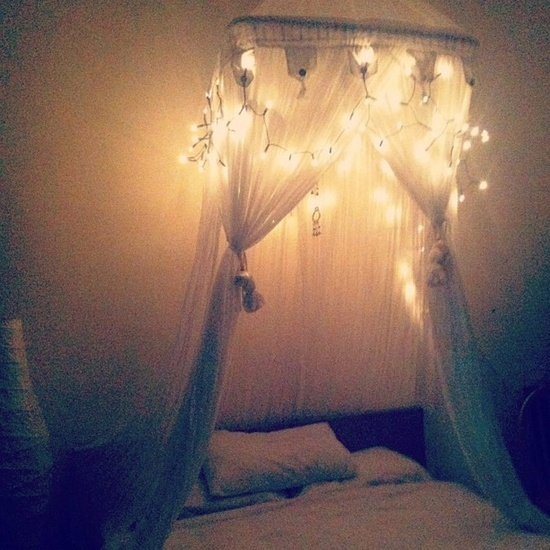 cool idea for a dorm room or my room in my apartment next year =D