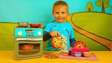Видео для детей - Весёлая кухня с малышом Даником. Развивающее детское видео http://video-kid.com/15339-video-dlja-detei-vesyolaja-kuhnja-s-malyshom-danikom-razvivayuschee-detskoe-video.html  Весёлое видео для детей с забавным малышом Даником и его папой, которые будут играть в весёлую кухню. Мы вместе с ребятами распакуем интересную игрушечную плиту с духовкой и приготовим на ней что-то вкусненькое :) Такая интересная игра, обязательно понравится маленьким зрителям!!Подписывайтесь на Канал…