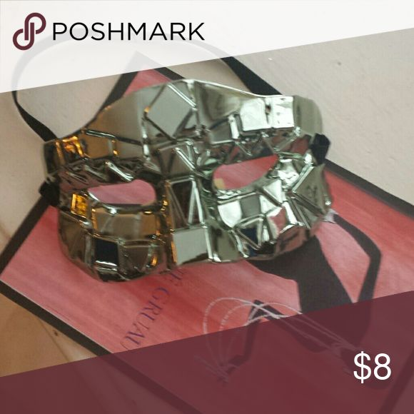 Lady Gaga masquerade mask Silver plastic mask from a Lady Gaga costume, perfect for a themed party Accessories