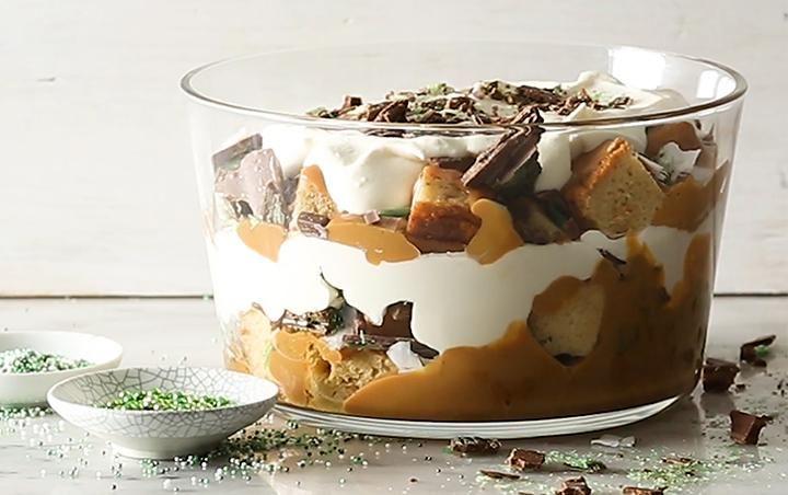 Peppermint crisp trifle
