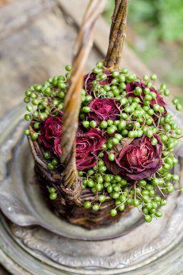 Basket arrangement.: Arrangements Ideas, Baskets Arrangements, Flowers Arrangements, Floral Flowers Topiary Wreaths, Baskets Flowers, Beautiful Flowers, Rose Arrangements, Floral Arrangements,  Flowerpot