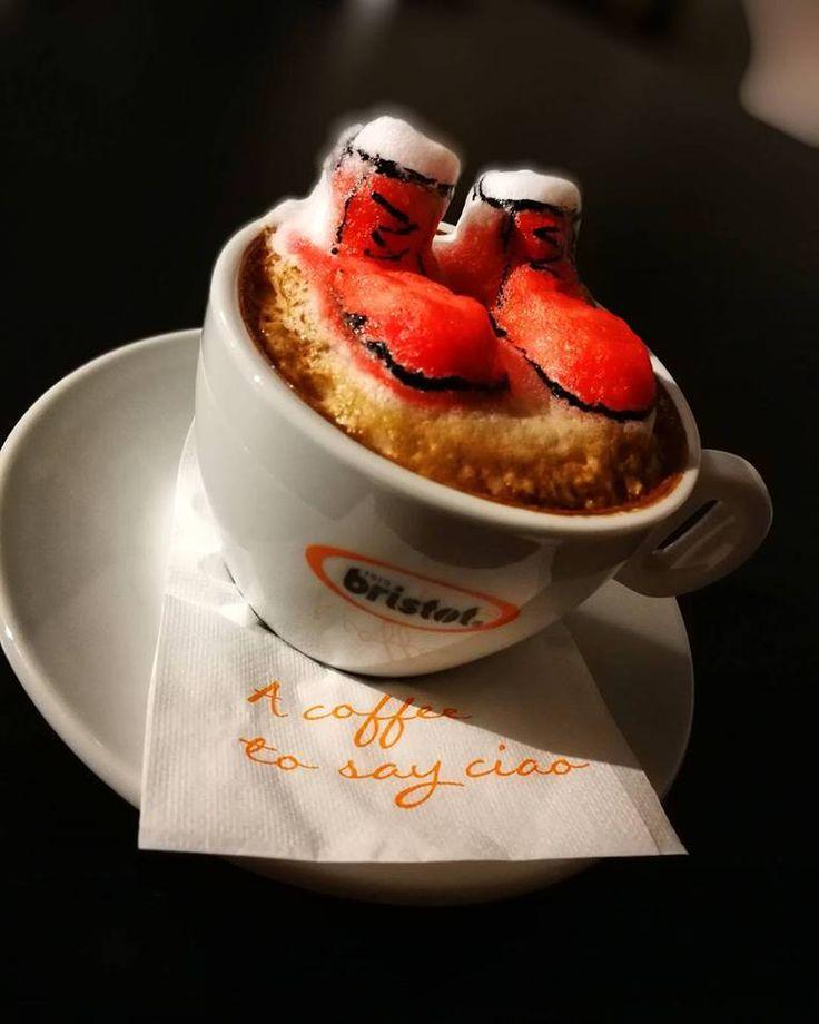 Fiecare își pregătește ghetuțele cum poate #mosnicolae #boots #december #latte #latteart #barista #3dlatteart #3D #instacoffee #coffee #foodart #baristadaily #thetrendybarista #romania #creation #art #coffeegram #coffeetime #foodart #artwork #themotans #latteporn #latteartist #cappuccino #coffelovers #coffeeadict #InstaCoffeLovers #coffeeoftheday #coffeetime