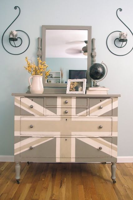 painted furniture union jack autumn vignette. Furniture Feature Friday - Link Party \u0026 Favorites Painted Union Jack Autumn Vignette