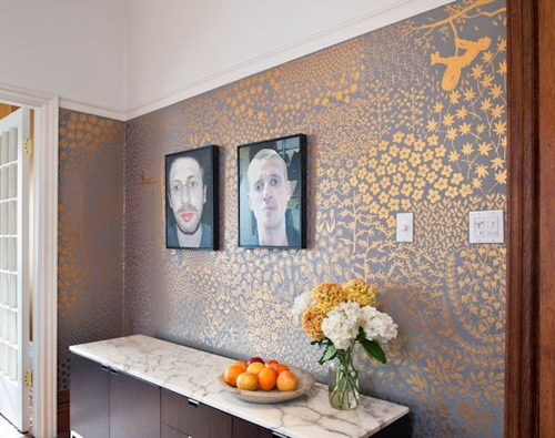 I am besotted with these gold painted walls - incredible!