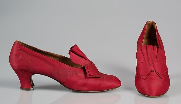 Evening shoes, Saks Fifth Avenue, 1948.