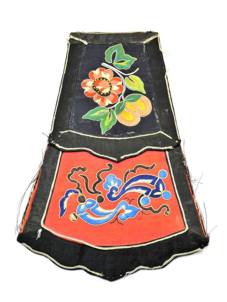 ANTIQUE 19thC QING CHINESE FINELY EMBROIDERED BLACK SILK ROBE COLLAR FRAGMENT
