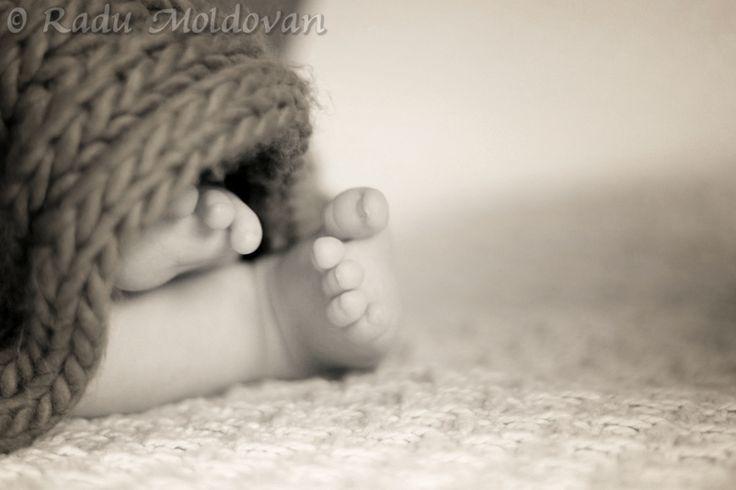 Baby feet by Radu Moldovan on 500px