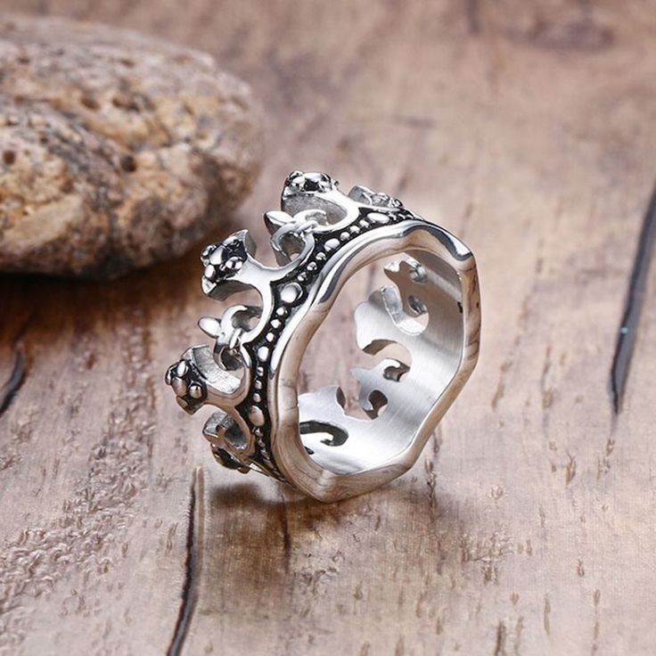 Men's Vintage Gothic Crown Rings Band Silver Fleur De Lis Cross Stainless Steel Bague Unisex Ring Bold Fashion Jewelry Size 8-12