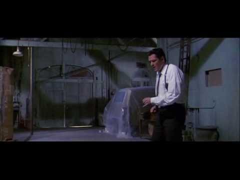 Reservoir Dogs - Mr. Blonde dancing!