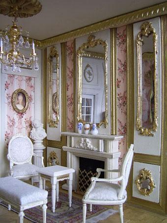 Décoration d'une maison de poupée miniature à l'échelle 1/12 de style français