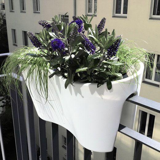 Die besten 25+ Beleuchtung für Balkongeländer Ideen auf Pinterest - balkon ideen blumenkasten gelander