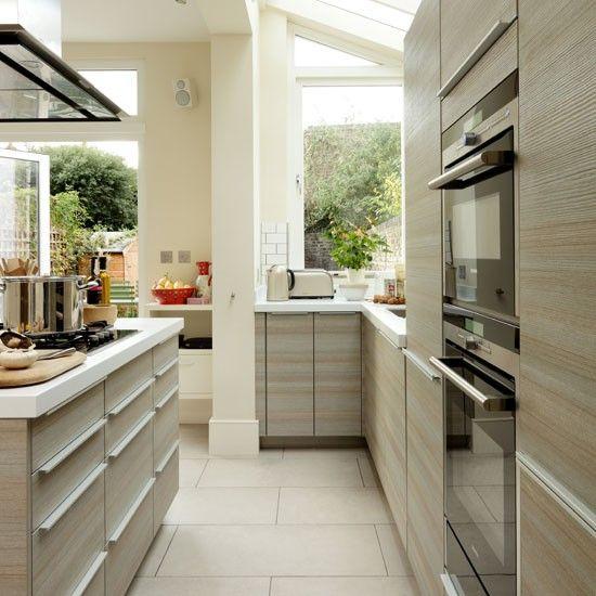 Modern Pale-Wood Kitchen Design