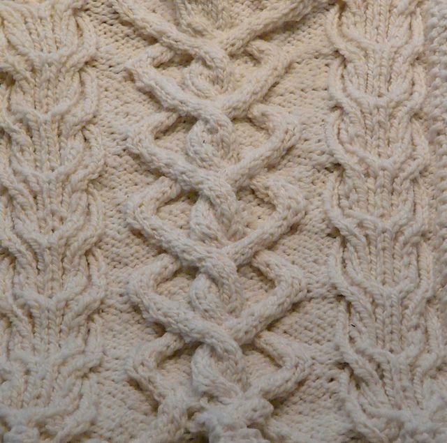 11 best knitting - aran squares images on Pinterest | Kabel ...