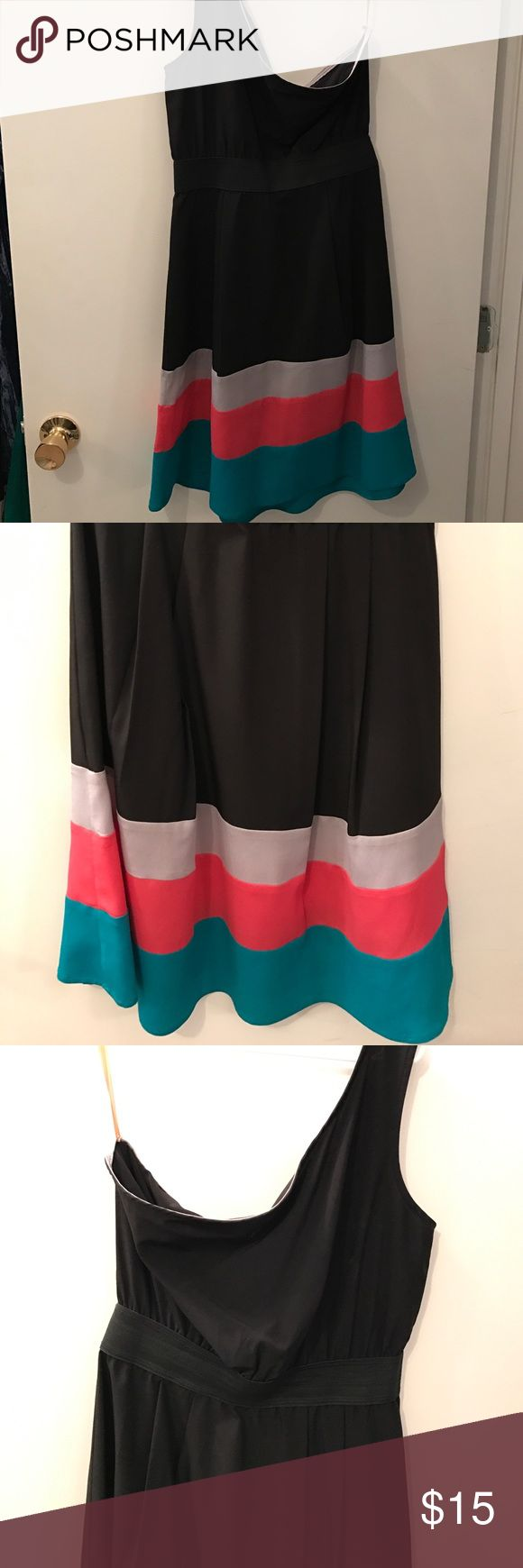 One strap black colorblock dress One strap dress black dress! Wore just a couple of times, the bottom is the best part, the colors pop and it looks really cute on! Elastic at the waist. I accidentally cut the size off but I believe it is a m/l. Francesca's Collections Dresses