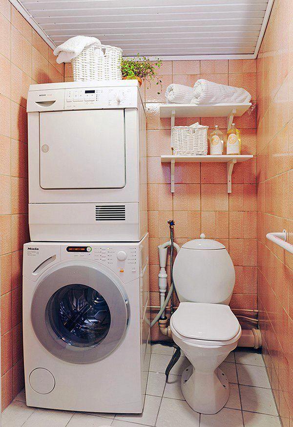 Туалет в цветах: желтый, светло-серый, коричневый, бежевый. Туалет в стиле эклектика.