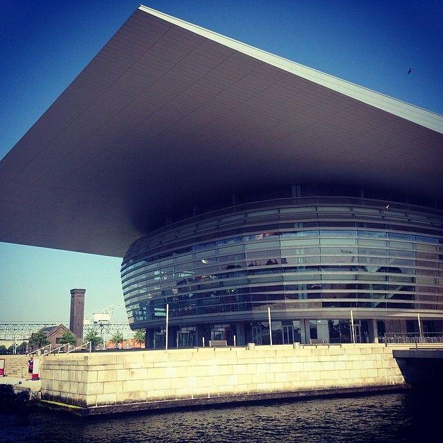 The #opera in #copenhagen #copenhagenfavorites #cph #kbh #københavn #voreskbh #visitcopenhagen #sharingcph #deldinby #delditkbh #copenhagenize #kigopkbh www.toursincopenhagen.com
