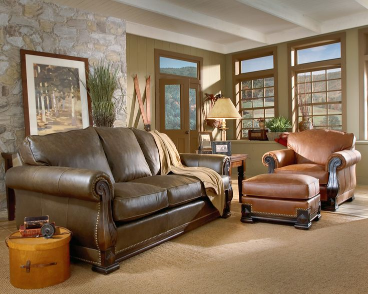 Mixing leather colors is perfectly fine Living room furniture styles and colors