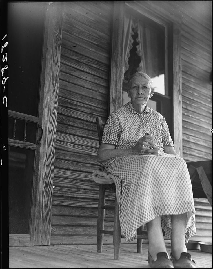 "Dorothea Lange –""Arkansas Hoosier""(1938)    An ""Arkansas Hoosier""born in 1855. Conway,Arkansas. ""My father was a Confederate soldier. He give his age a year older than it was to get into the army. After the war he bought 280 acres from the railroad and cleared it. We never had a mortgage on it. In 1920 the land was sold,the money divided. Now,none of my children own their land. It's all done gone,but it raised my family. I've done my duty–I feel like I have. I've raised twelve children""."