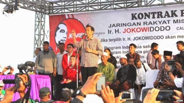"""The Royal Indonesia TV Online: Puncak Peringatan Musibah Lumpur Lapindo Dan Tanda... Jokowi :  """"Dalam kondisi seperti ini, dalam kasus seperti ini, negara harusnya hadir, sebagai representasi dari kedaulatan rakyat. Kalau negara absen, artinya negara melupakan rakyat."""""""