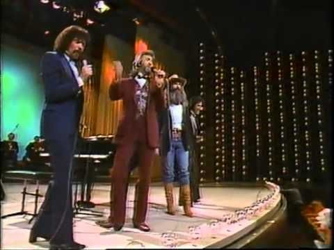 ▶ The Oak Ridge Boys Bobbie Sue - trying to figure out how to change the rhyme so I can sing this to my daughter Bobbie Lee.