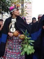 Resultado de imagen para traje tipico mapuche mujer