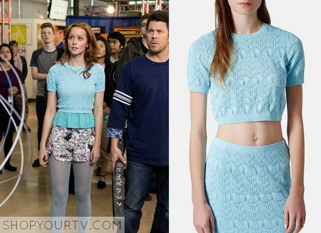 Cassandra Cillian (Lindy Booth) wears this bue short sleeve cropped sweater in…