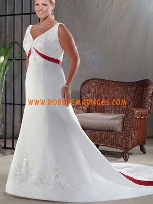 Robe de mariée grande taille empire col V broderie