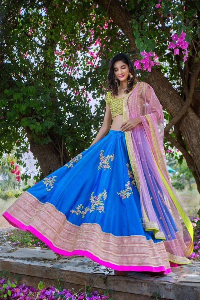 Whether you fancy luxurious or contemporary, soft hues or vibrant glints, whether you are the bride or the guest at the wedding, it is important to carry yourself in themost elegant fashion and that means wearing the choicest of clothes. Thisthe latest collection by Issa studio just go out to prove this.With the wedding season coming up, it is time to fuse traditional Indian fabrics, hues and embroidery with a ...