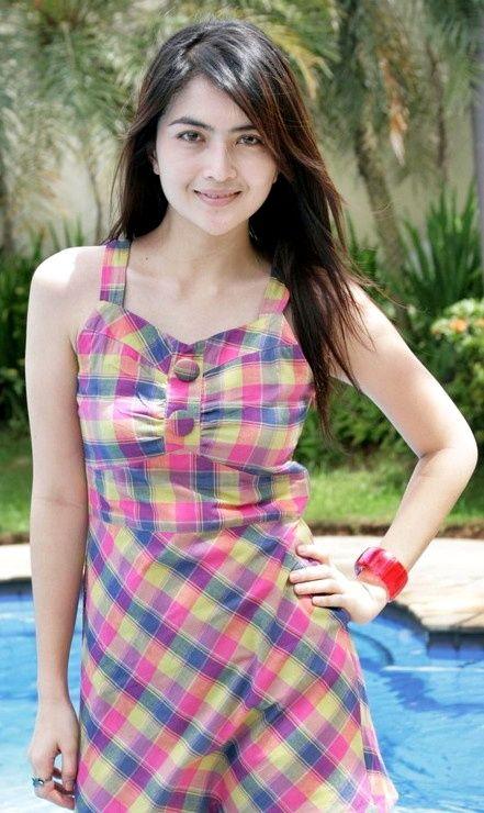Ida Ayu Kadek Devi, SHe's an Indonesian Actress.