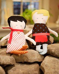 cute dolls at martha stewart: Black Apples, Free Pattern, Fabrics Dolls, Handmade Dolls, Rag Dolls, Apples Dolls, Homemade Dolls, Dolls Patterns, Crafts