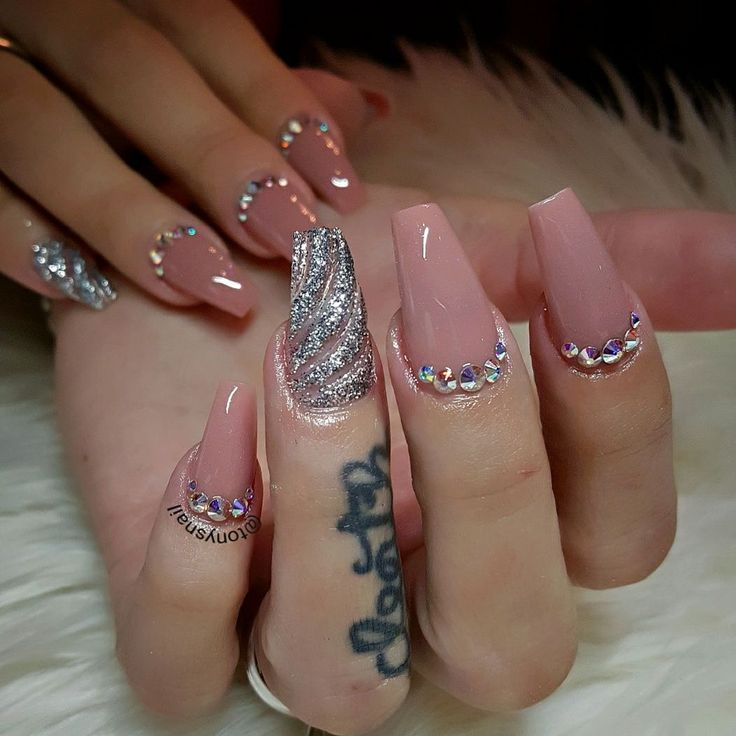 Mauve and silver decor nails