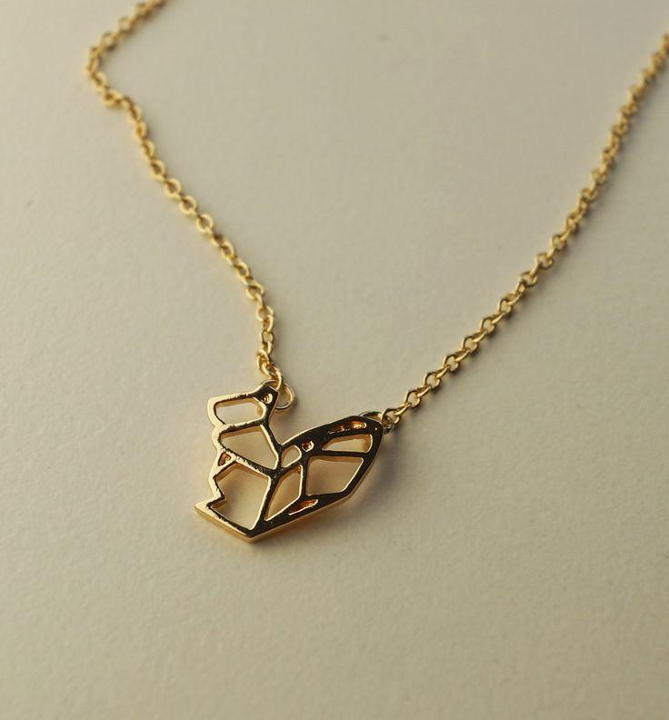 Minimalistischer Schmuck Kette Halskette gold puristisch statement Eichhörnchen squirrel origami von MinimalismJewellery auf Etsy