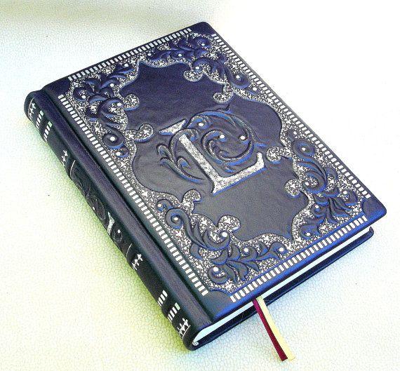 Journal, livre blanc, bleu marine cuir, 6 x 9, en Style médiéval, couverture rigide, de dorure à la main, personnalisé