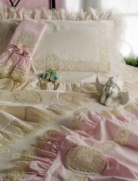 Love this: Pretty Beds, Beautiful Bedcloth, Shabby Chic, Ideas Para, Beds Sheet, Pink, Deep Dreams, Lace Trim, Beautiful Beds