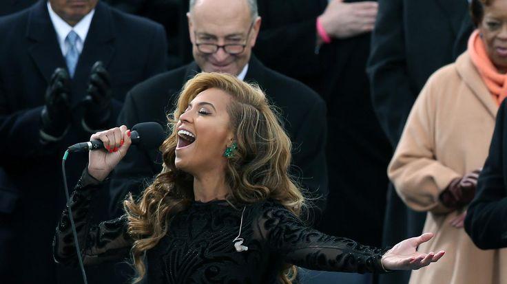 Vidéo  de l'hymne américain chanté par Beyoncé star du Rn'B le lundi 21 janvier 2013 lors de l'investiture de Barack Obama élu pour la deuxième fois président des Etats-Unis.