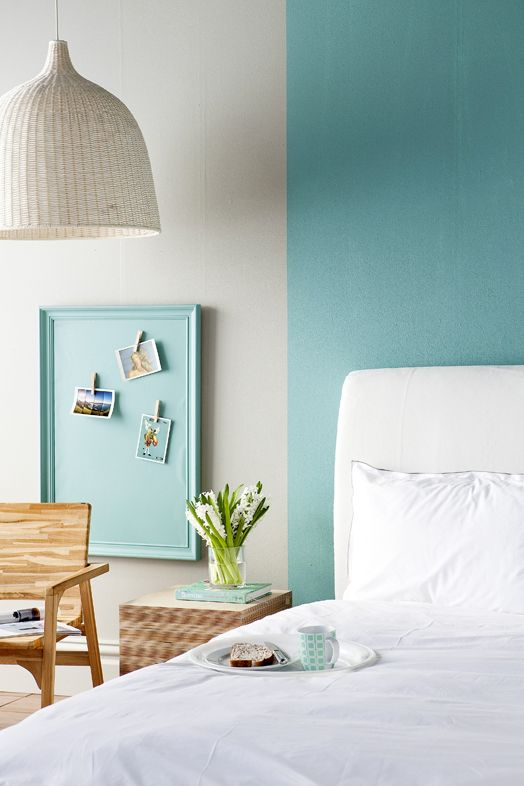bedroom styling / blue