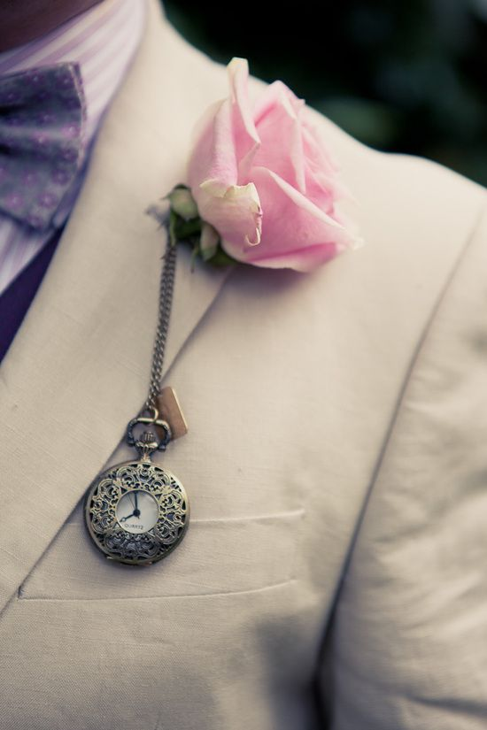 Alice in Wonderland inspired boutonniere. Re-pin if you like. Via Inweddingdress.com #vintagewedding