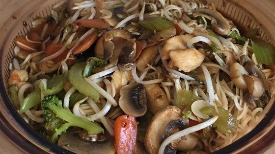Pork is simmered in broth with vegetables, soy sauce, bean sprouts, and almonds in this easy pork chow mein recipe.