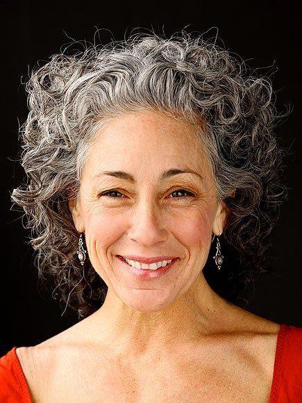Como ficar grisalha graciosamente! - Viva 50 por Maria Celia e Virginia PinheiroViva 50 por Maria Celia e Virginia Pinheiro
