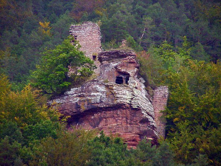 Wasgau News - Aktuelle News aus der Region: Burg Klein-Arnsberg bei Obersteinbach (Elsass) - C...