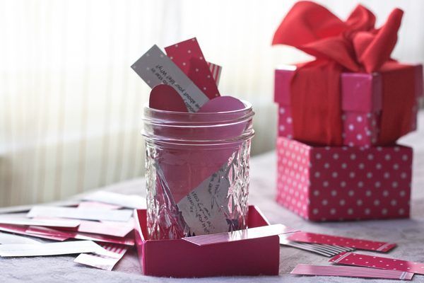 Touch your boyfriend's heart with a homemade gift for his birthday. Demonstrate your affection for him by making him a romantic gift from the heart. Homemade gifts can save you time and money, as well as personalize the romantic gift to your significant other that he will remember for years to come.