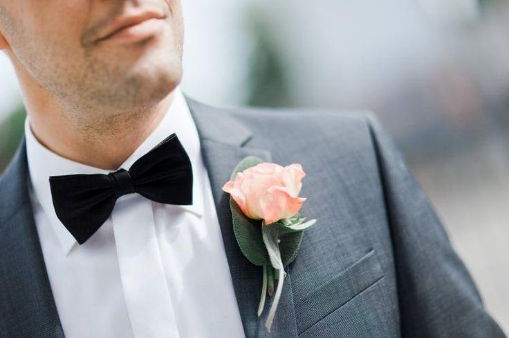hochzeit fotografen Wiena - Osterreich - groom with butterfly