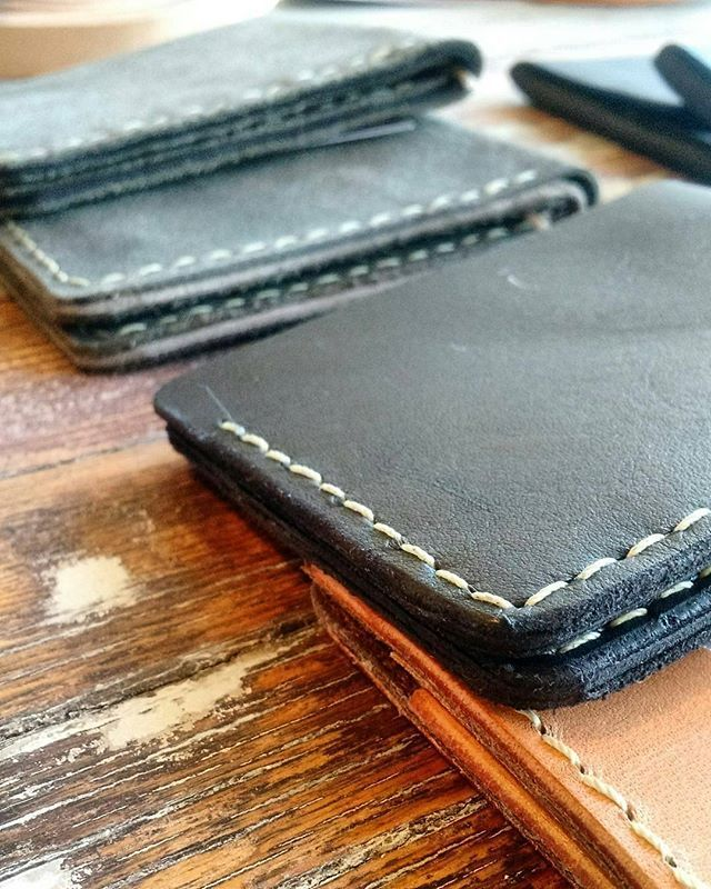 #Repost from @chestnut_studios -  #redhareleather #kcmo #lindsborgks #chestnutstudios #giftforhim #leatherwallet #handcrafted #wallet #leather #fashion #leathercraft #accessories #gift #style #leatherwork #vintage #leathergoods #luxury #instafashion #menswear
