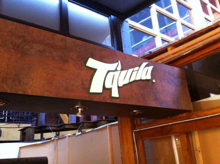 Letras  Bar Tquila plaza norte.
