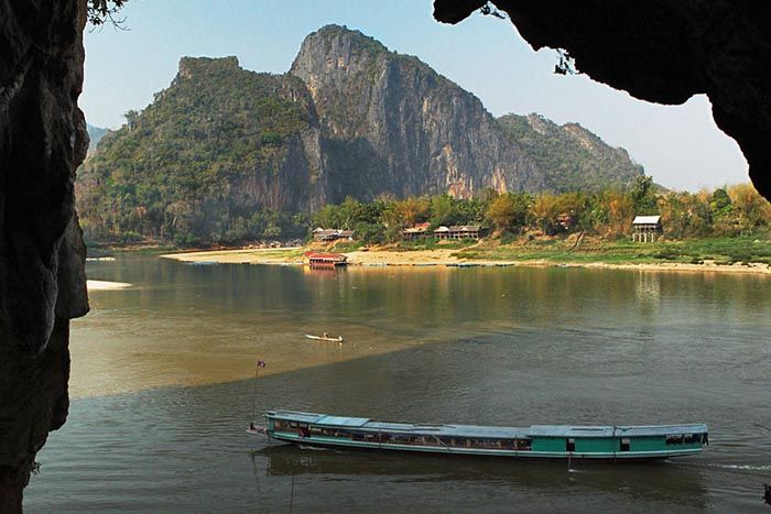 Mekong River - Pak Ou Cave - Laos travel