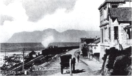 Muizenberg, looking towards Simon's Town, c. 1917