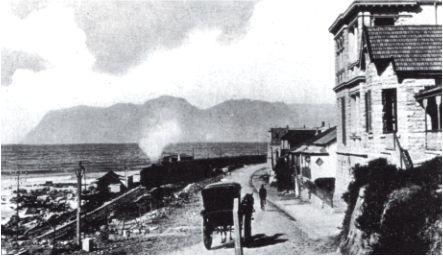 Muizenberg, looking towards Simon's Town, c. 1917