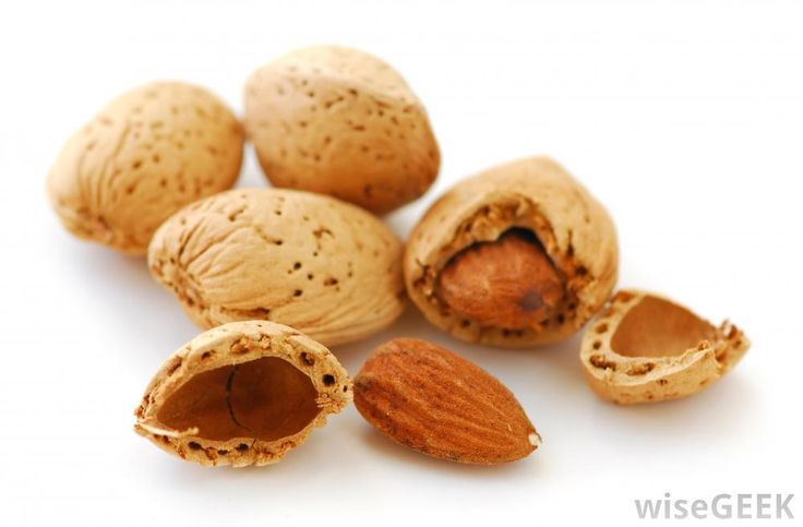 Almonds, which may help curb appetite.