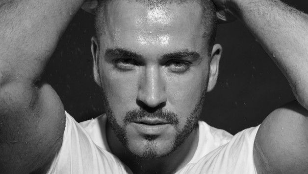 Renowned for Sound interviews Shayne Ward